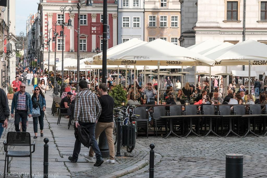 =Otwarcie ogrodkow przy restauracjach po lockdownie w Poznaniu