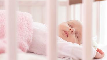 Odruch Moro to reakcja dziecka na bodźce zewnętrzne