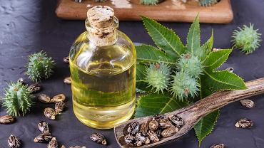 Olejek rycynowy z powodzeniem może zastąpić wiele kosmetyków. Zdjęcie ilustracyjne