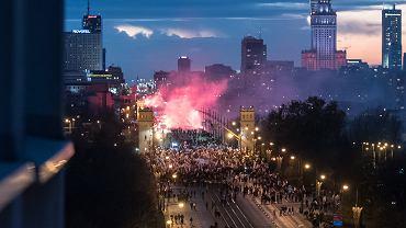 'Marsz niepodległości' organizowany przez skrajnych prawicowców w Święto Niepodległości'. Warszawa, 11 listopada 2017