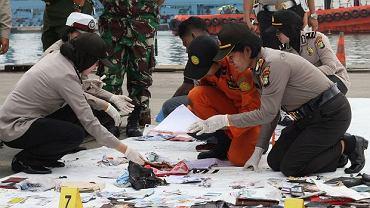 Katastrofa indonezyjskiego samolotu. Prawdopodobnie odnaleziono kadłub maszyny