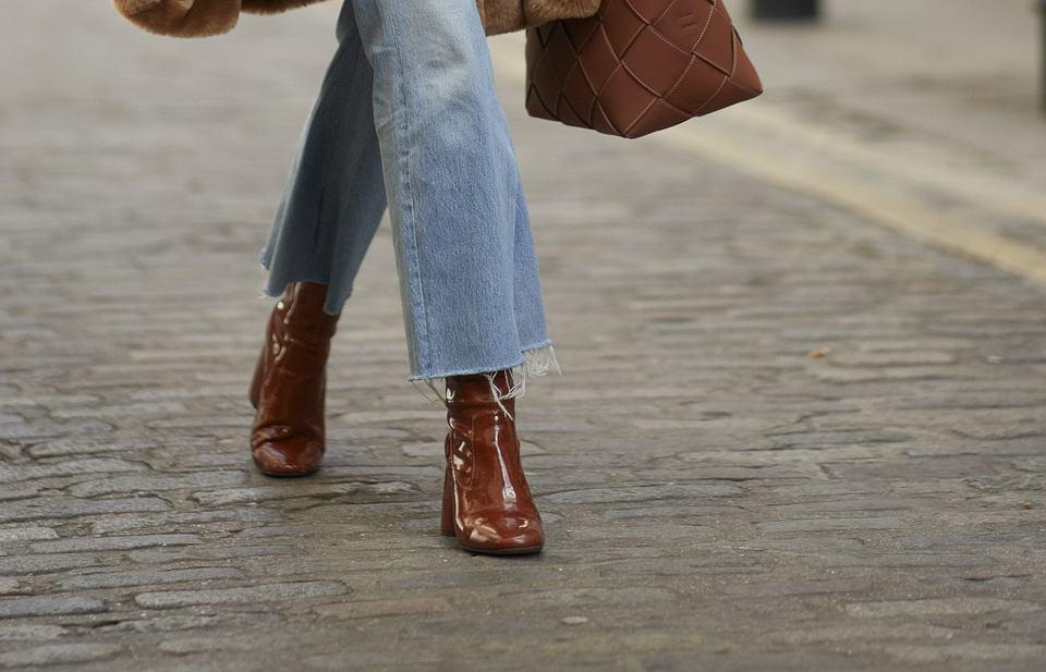 Skórzane botki dla kobiet po 50-tce