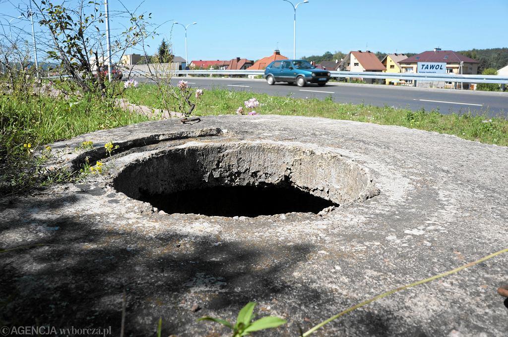 Studzienka kanalizacyjna (zdjęcie ilustracyjne)