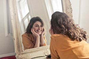 Plan naprawczy po porodach. Wraz z dermatologiem wybieramy najskuteczniejsze składniki kosmetyków i zabiegi
