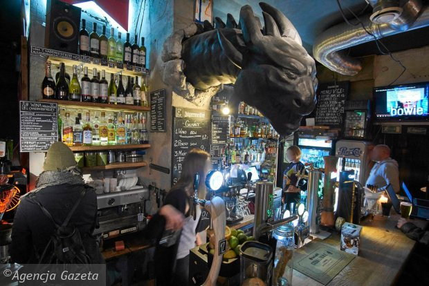 Stary Rynek Meskalina Brovaria Dragon Frontiera Czupito