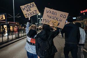 Trwa protest kobiet. Strajk Kobiet domaga się dymisji rządu