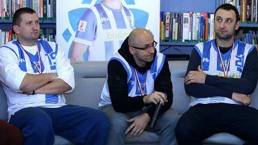 Spotkanie z koszykarzami Stomilu Olsztyn w Planecie 11. Na zdj. Rafał Chudzik, Tomasz Panewski i Jarosław Andrusiewicz