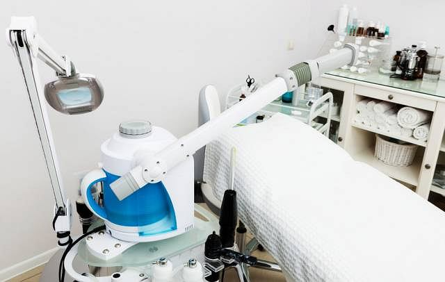 Laser wykorzystywany jest w medycynie od blisko 30 lat i doskonale sprawdza się m.in. w czasie zabiegów rehabilitacyjnych oraz dermatologicznych