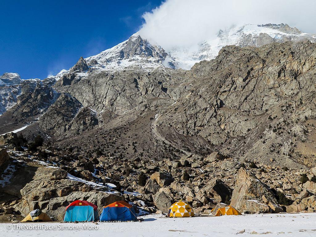Baza wyprawy Simone Moro pod Nanga Parbat