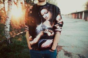 Polska moda: kosmiczne bluzy
