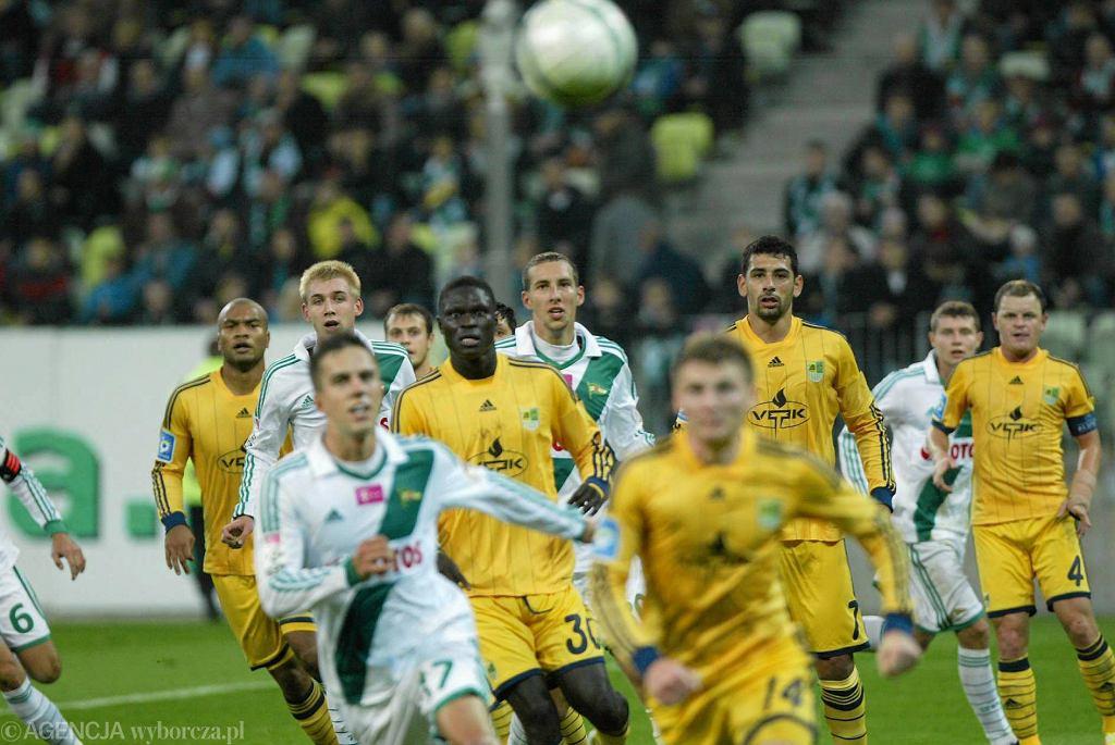 W październiku zeszłego roku z Metalistem zagrała Lechia Gdańsk. Przegrała u siebie 0:3