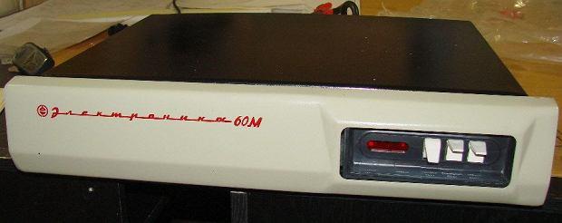 Komputer Elektronika 60M