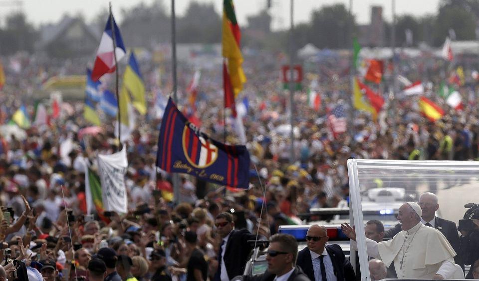 Papież przybywa do Brzegów na spotkanie z młodymi w ramach ŚDM
