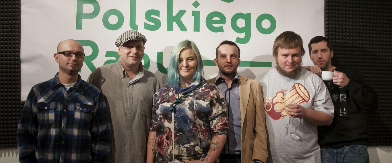 Twórcy ''Antalogii Polskiego Rapu'', od lewej: Kamil Jaczyński, Tomek ''CNE'' Kleyff, Dominika Węcławek, Andrzej Cała, Marcin Flint, Grzegorz ''Forin'' Piwnicki (fot. Tomasz Karwiński)