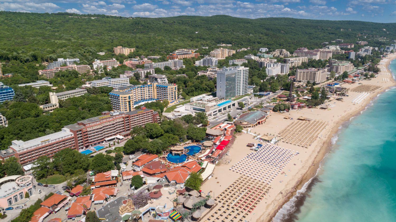 Bułgaria nadal jest popularnym kierunkiem wakacyjnym wśród Polaków (fot. Shutterstock)