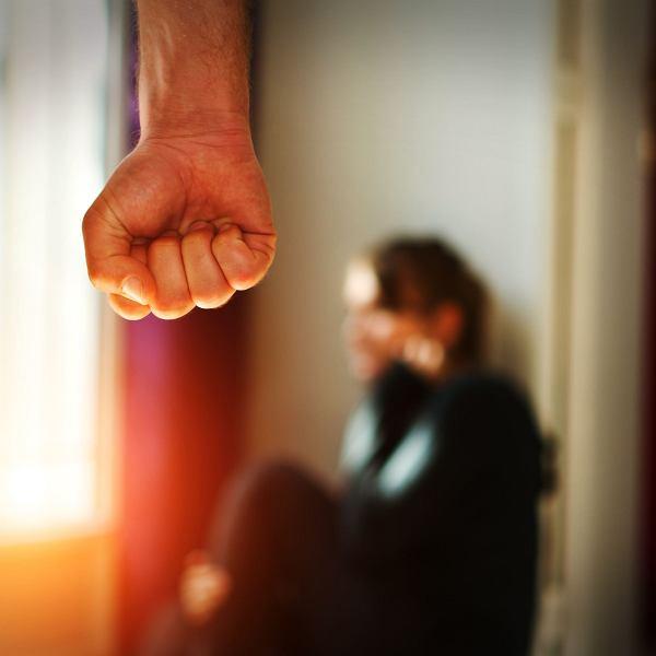 Trzem nastolatkom grozi dożywocie za zabicie ojca-gwałciciela.