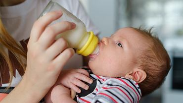 Karmienie mlekiem modyfikowanym