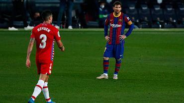 Hiszpańskie media bezlitosne dla Barcelony.