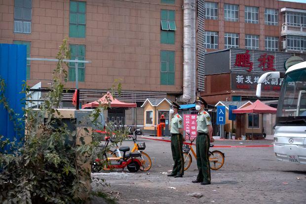 Koronawirus w Chinach. Największy hurtowy targ żywności zamknięty