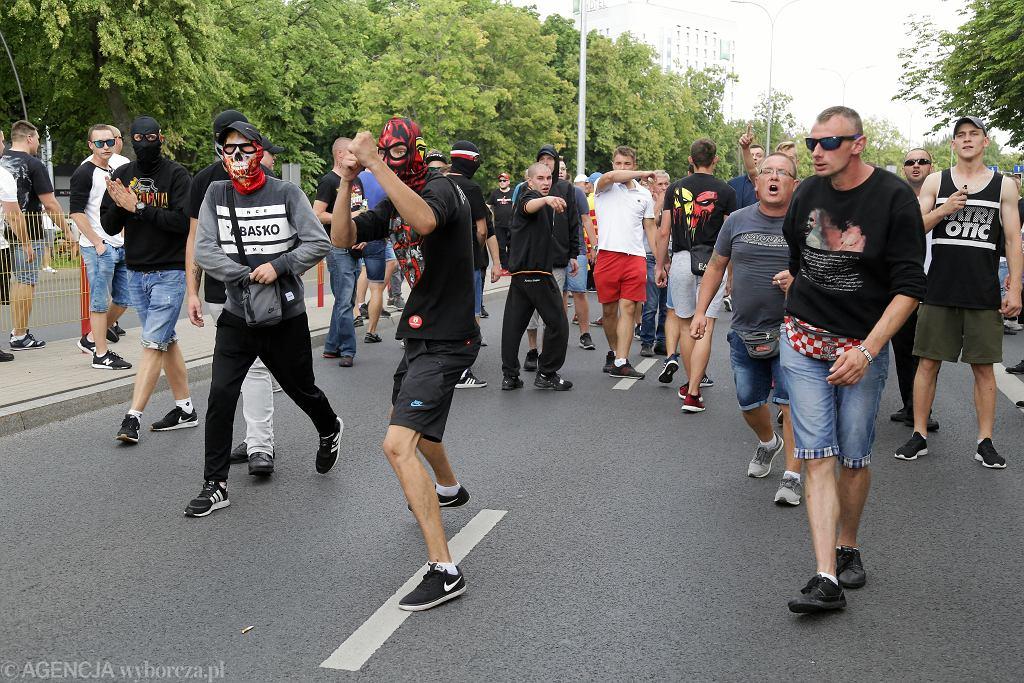 Białystok. Policja zabezpieczała Marsz Równości. Zatrzymano 20 osób