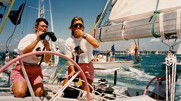 Tracy Edwards (po lewej) w 1989 r. wypłynęła na pokładzie 'Maiden' w wyścigu dookoła świata z pierwszą kobiecą załogą Fot. Materiały Prasowe