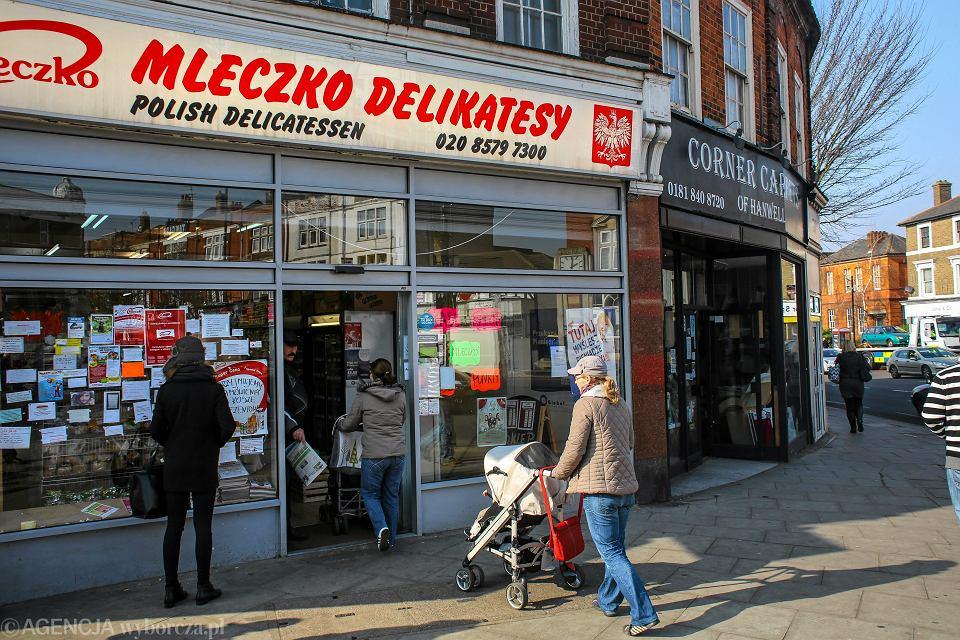 Ealing Broadway w Londynie, zwany też 'polską dzielnicą'