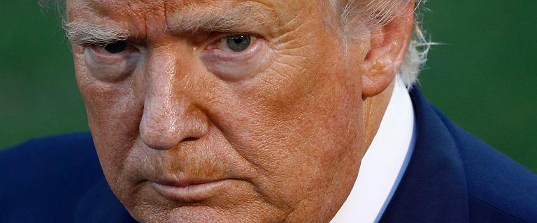 Donald Trump wyjaśnił, dlaczego jest pomarańczowy. To przez... żarówki