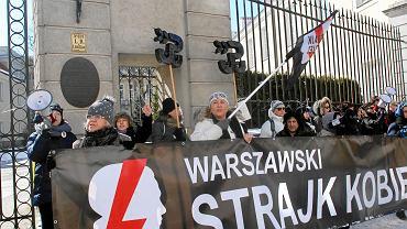 Demonstracja Wieszak dla Biskupa w Warszawie