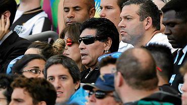 Maradona na trybunach podczas meczu Argentyna - Iran