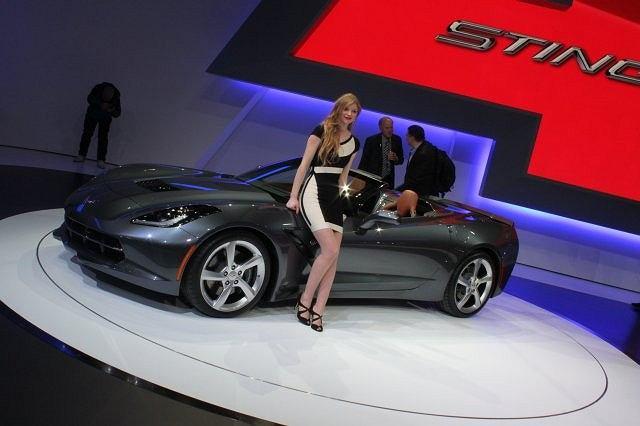 Salon Samochodowy Genewa 2013 - Corvette Stingray Convertible