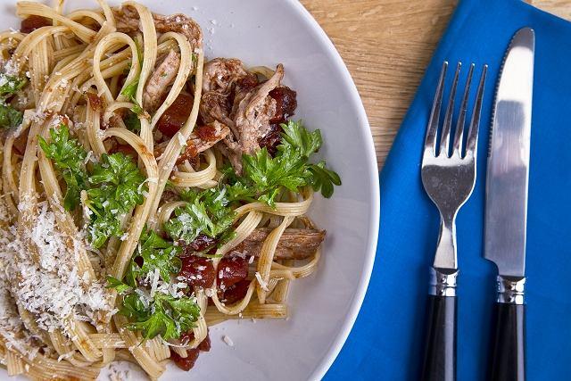 Lubella - Wstążki z długo pieczonym boczkiem i sosem barbeque