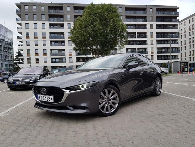 Opinie Moto.pl: Mazda 3 sedan 2.0 Skyactiv-G. Zupełnie inaczej
