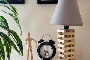 Lampy stołowe: ozdoba wnętrz