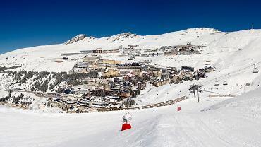 Hiszpania to nie tylko piękne plaże, ale również setki kilometrów narciarskich tras