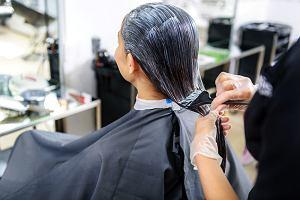 Czy farbowanie włosów może prowadzić do raka piersi? Nie panikuj! Co trzeba wiedzieć na ten temat