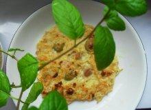 Omlet serowy makaronowy - ugotuj