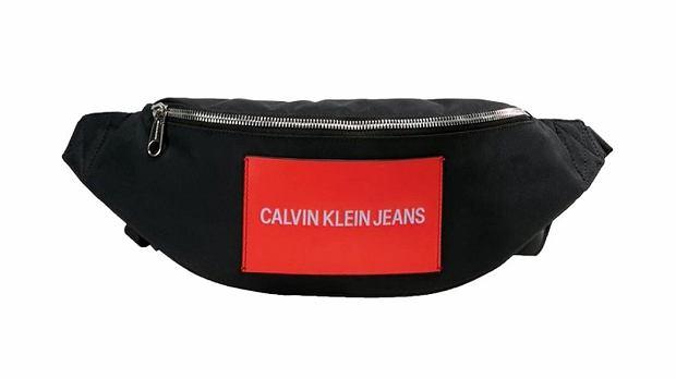 Czerwony na czarnym - Calvin Klein Jeans, 299 zł