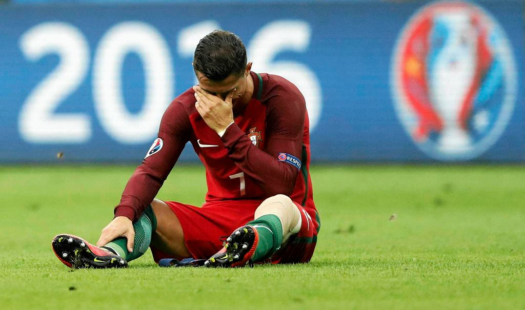 Euro 2016. Portugalia - Francja. Dramat Cristiano Ronaldo