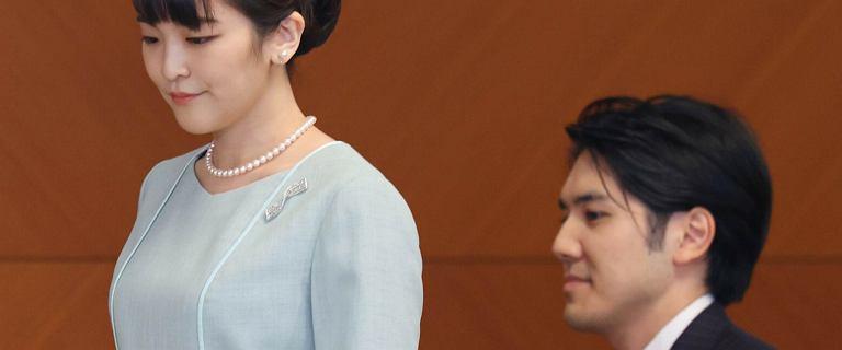 Księżniczka Mako wyszła za chłopaka z ludu. Straciła tytuł i pieniądze