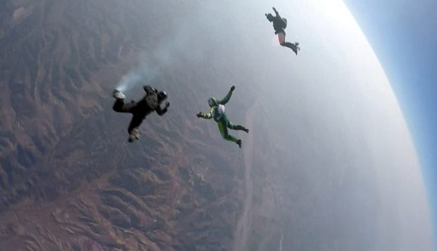 APTOPIX Skydiving Without Parachute