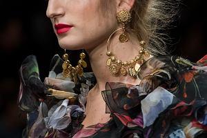 randki chanel biżuteria meble dovetail