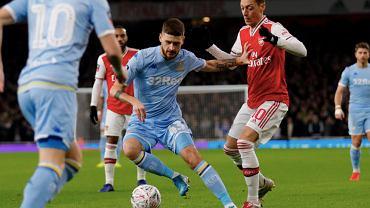 Mateusz Klich w meczu z Arsenalem Londyn. Źródło: Facebook