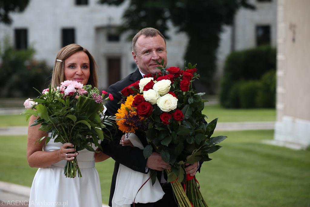 Znane osoby, które unieważniły ślub kościelny. Pazura starał się o to aż dwa razy