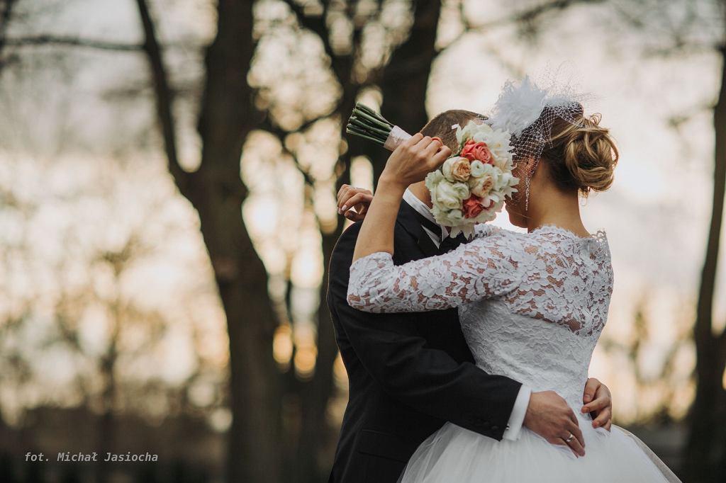 W Polsce około 30 proc. małżeństwo kończy się rozwodem. Najwięcej związków rozpada się w pierwszych kilku latach (fot. Michał Jasiocha)