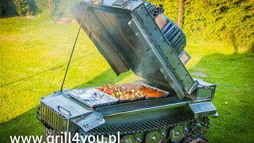 Grill w kształcie czołgu