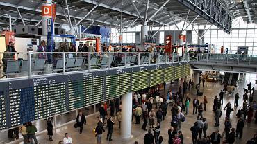 Polacy obawiają się podróży do Włoch, Chin i Hiszpanii
