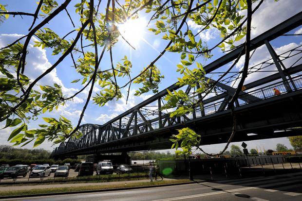 Zdjęcie numer 0 w galerii - Zaczęła się rozbudowa mostu im. Piłsudskiego za 123 mln zł, potrwa 20 miesięcy [GALERIA]