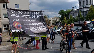 Białystok, Marsz Równości, jedna z kilkunastu kontrmanifestacji na trasie przemarszu