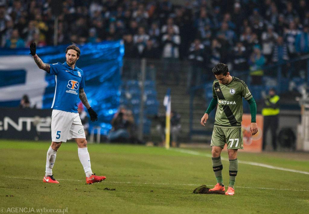 Lech Poznań - Legia Warszawa 0:2. Tamas Kadar (Lech) i Michaił Aleksandrow (Legia)