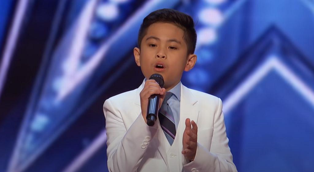 10-letni Peter wzruszyl jurorów hitem 'All by myself'